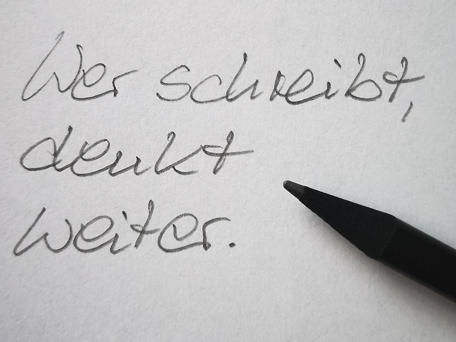 Schreiben Sie manchmal mit der Hand?